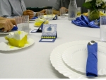Blue, white and yellow were the main colors for table decorations.